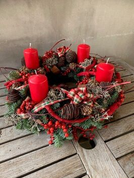 Adventskrans rood/bruin kaarsen