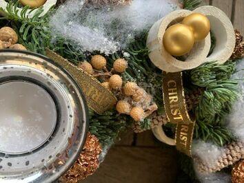 Adventskrans wit/goud/beige t-licht